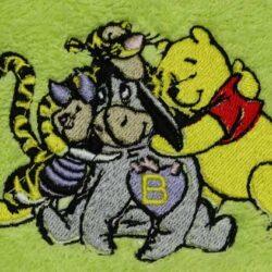 winnie-pooh-druzina-vezeni-peskir